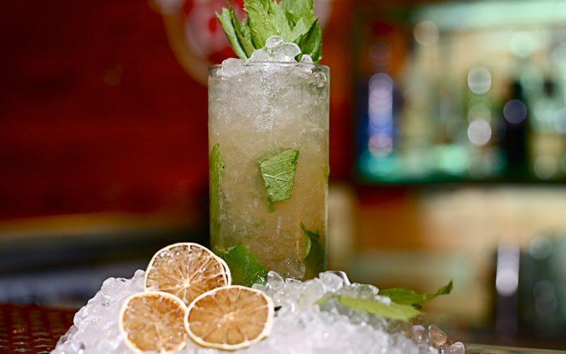 couleur locale bar cocktails mojito