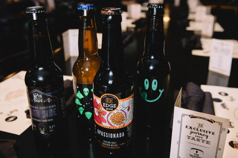 beer tasting the tasters club the lazy bulldog pub apassionada zodiak dark side noa μπυρα