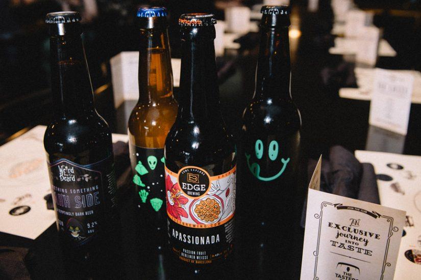 beer tasting the tasters club the lazy bulldog pub apassionada zodiak dark side noa μπυρα