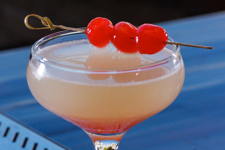 xorostasio bar taratsa cocktails